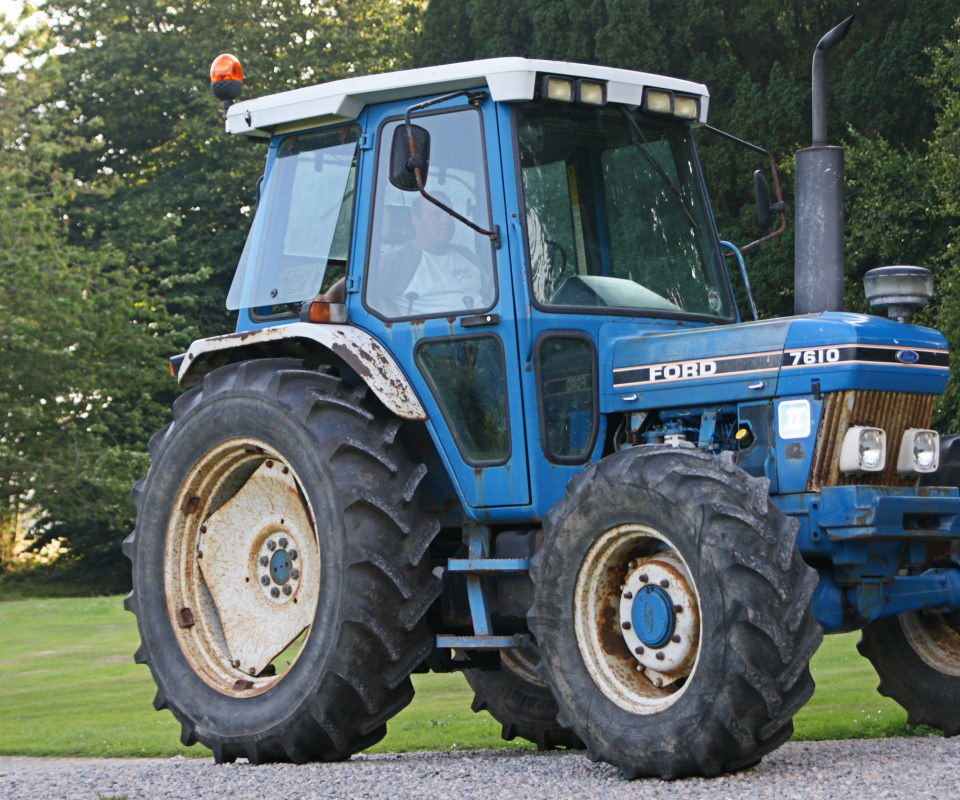 Ford Tractor Wallpaper Ford Tractor Wallpaper